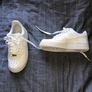 Shoes - nike air force 1